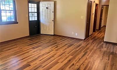 Living Room, 505 Crutcher St, 1