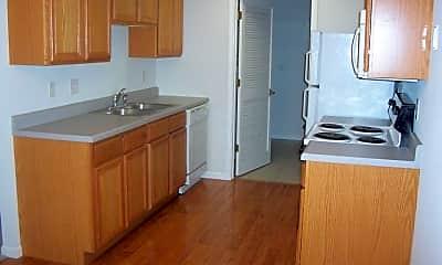 Kitchen, 810 Wildwood Dr, 0