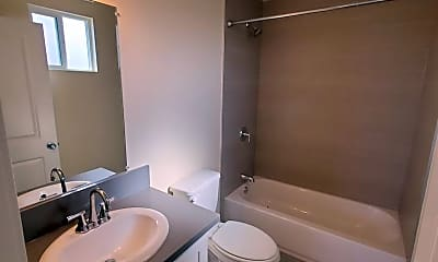 Bathroom, 6104 1/2 Brynhurst Ave, 2