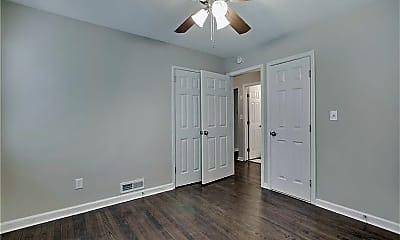 Bedroom, 2922 S Clark Dr, 2