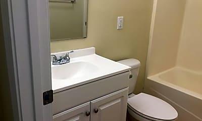 Bathroom, 601 E 19th St, 2