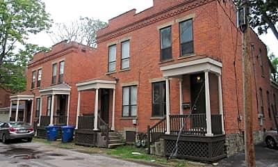 Building, 884 Hunter Ave, 0