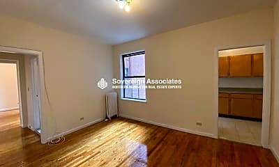 Bedroom, 585 Isham St, 1