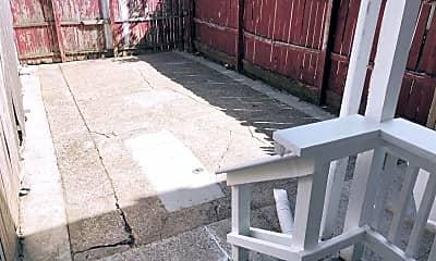 Patio / Deck, 983 Trent Rd, 2