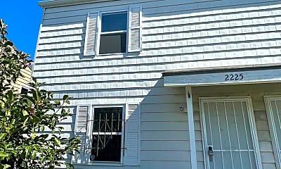 Building, 2225 Askew Ave, 0