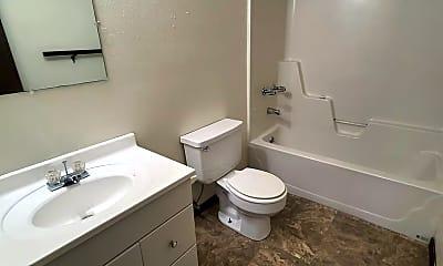 Bathroom, 929 Windwood Dr, 2