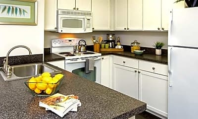 Kitchen, The Windsor at Fair Lakes, 0