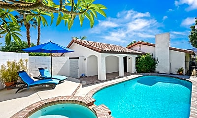 Pool, 52810 Avenida Herrera, 0