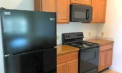 Kitchen, 1226 1/2 15th St N, 2