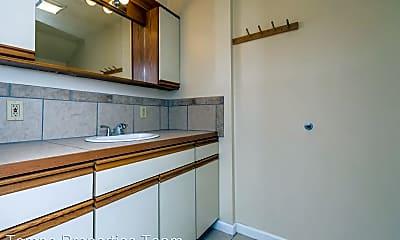 Kitchen, 115 E 16th St, 2