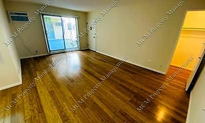 Living Room, 1211 N Ogden Dr, 1