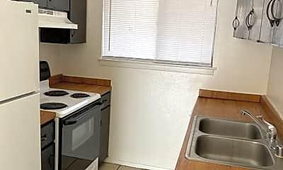 Kitchen, 505 W Griggs Ave, 2