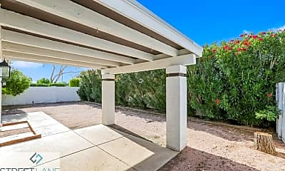 Patio / Deck, 409 W Beverly Ln, 2