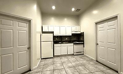 Kitchen, 2058 Arthur Ave, 0