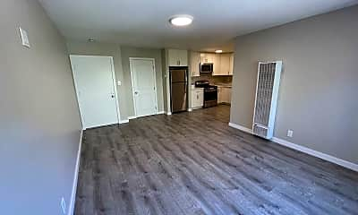 Living Room, 3941 Pacific Blvd, 1