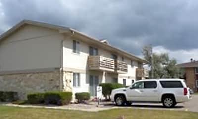 Tudor Oaks Apartments, 0