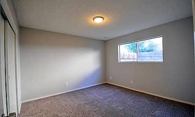 Bedroom, 4233 N Bengston Ave, 2