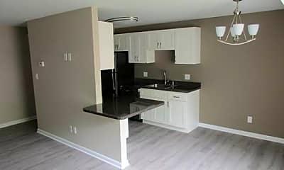 Kitchen, Great Northern Village II, 0