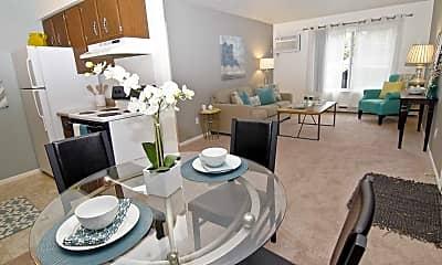 Dining Room, Summerhill Estates, 1