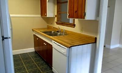 Kitchen, 512 Manchester Rd, 1