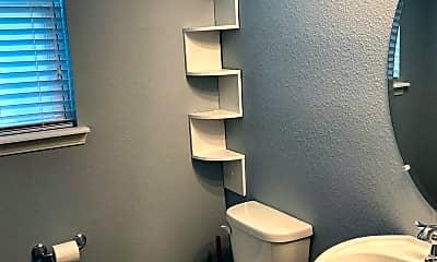 Bathroom, 290 PALISADES DR, 2