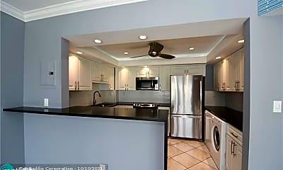 Kitchen, 3550 Galt Ocean Dr, 1