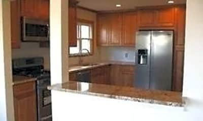 Kitchen, 254 E Beech St UPPER, 1