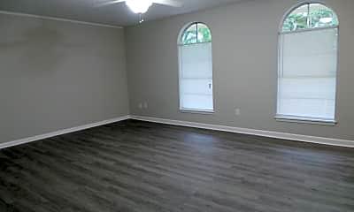 Living Room, 203 E John Sims Pkwy, 0