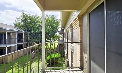 Patio / Deck, College Hills West Apartments, 2