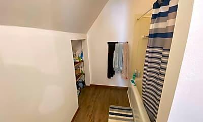Living Room, 3055 Vernon St, 1