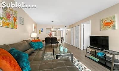 Living Room, 1150 Collins Ave, 1