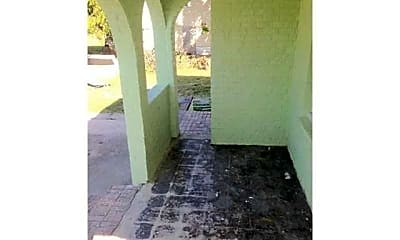 Patio / Deck, 3605 Clematis St, 1