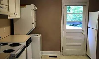 Kitchen, 1509 State Rd S-21-394, 2