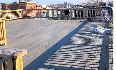 Patio / Deck, 32 N Chester St, 2