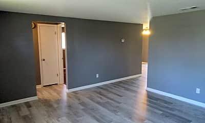 Living Room, 816 Bradley Cir, 1