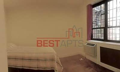 Bedroom, 205 W 15th St, 2
