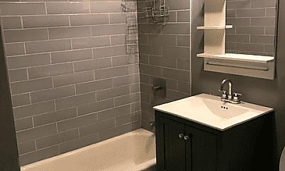 Bathroom, 1856 S Blue Island Ave, 2