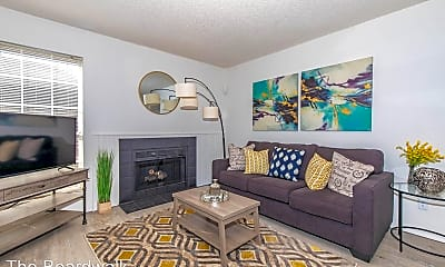 Living Room, 6400 Northwest Expy, 0