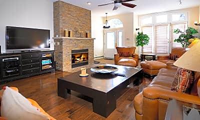 Living Room, 814 E Cooper Ave, 0