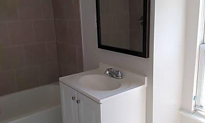 Bathroom, 1520 Arrott St 3RD, 1