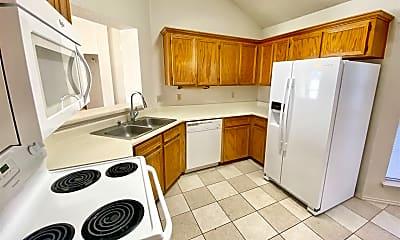 Kitchen, 2315 Skipcha Dr, 1