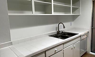Kitchen, 1641 N Santa Rosa Ave, 2