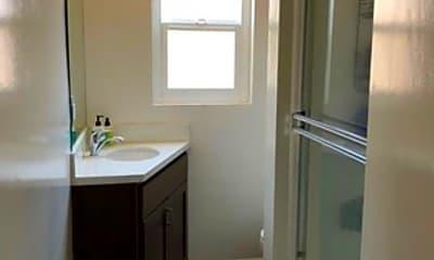 Bathroom, 1218 N Laurel Ave, 2