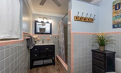 Bathroom, 4325 Bougainvilla Dr 2, 2