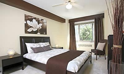 Bedroom, 1350 North Lake Shore Drive Apartments, 2