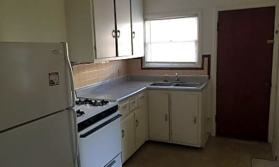 Kitchen, 1720 Rood Ave, 1