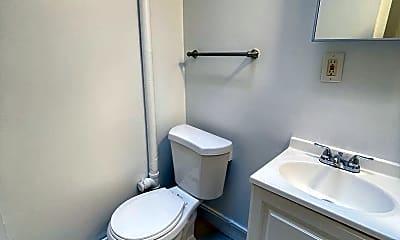 Bathroom, 137 William St, 2
