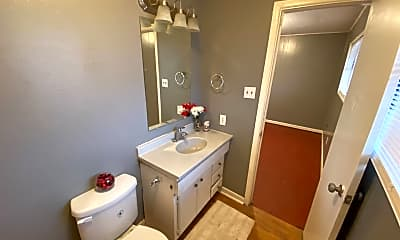 Bathroom, 1809 14th St, 2