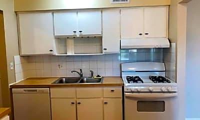 Kitchen, 5100 Carriageway Dr, 2