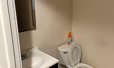 Bathroom, 5257 S Emerald Ave 1, 2